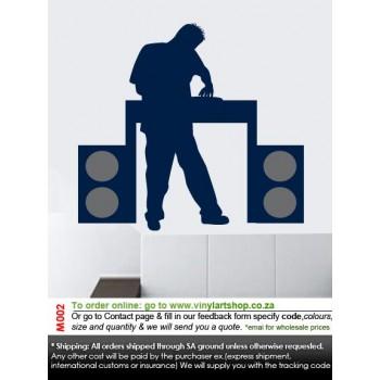 M002 DJ
